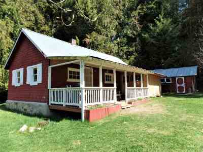 Single Family Home For Sale: 2724 B Pleasant Valley Rd