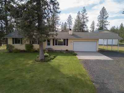 Spokane County, Stevens County Single Family Home Ctg-Inspection: 16822 N Columbine Ct