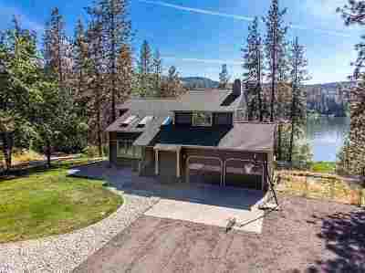 Nine Mile Falls WA Single Family Home For Sale: $675,000