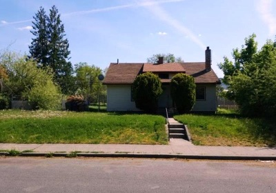 Single Family Home New: 1917 W Grace Ave