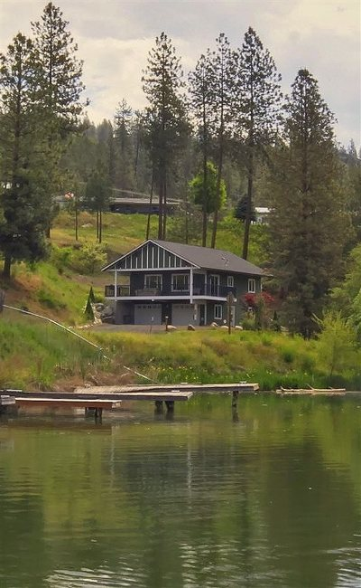 Nine Mile Falls WA Single Family Home Sold: $296,500