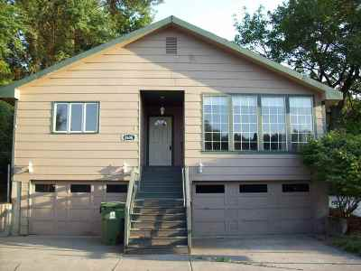 Spokane Single Family Home For Sale: 2608 E Girard Pl