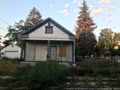 Spokane Single Family Home Ctg-Short Sale: 123 S Perry St