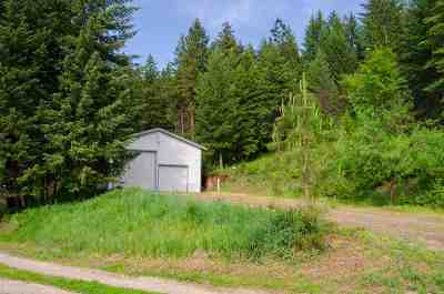 Single Family Home For Sale: 2033-C S Hwy 25 Hwy