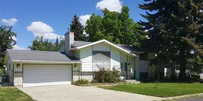 Cheney WA Single Family Home For Sale: $225,000