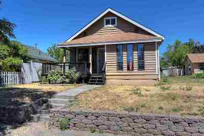 Single Family Home For Sale: 1637 E Gordon Ave