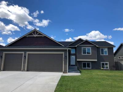 Colbert Single Family Home For Sale: 16723 N Cincinnati Ln