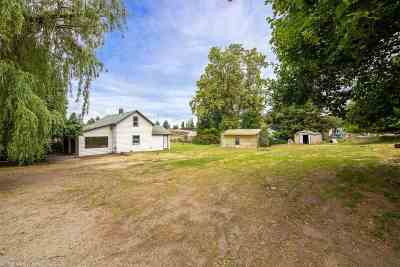Mead Multi Family Home For Sale: 3311 E Farwell Rd