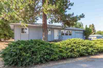 Medical Lk WA Single Family Home For Sale: $159,900