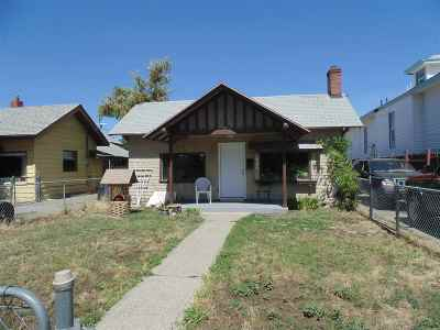 Spokane Single Family Home For Sale: 2306 W Sharp Ave