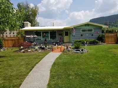 Metaline Falls Single Family Home For Sale: 113 Pend Oreille Blvd