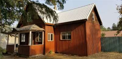Single Family Home For Sale: 824 W 2nd St