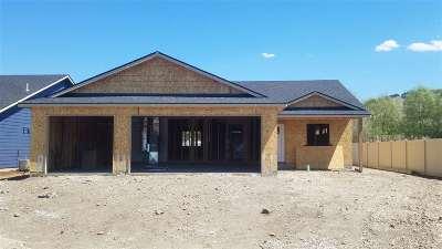 Spokane Valley Single Family Home For Sale: 221 S Glenbrook Ct