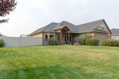 Single Family Home For Sale: 9503 N Cedar Rd