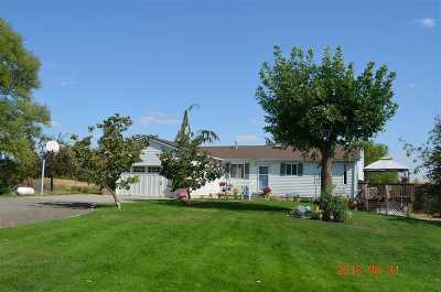 Medical Lk WA Single Family Home For Sale: $395,000