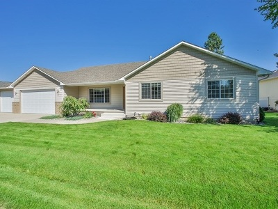 Mead Single Family Home Chg Price: 3811 E Siskin Ln