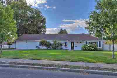 Single Family Home New: 3136 E 32nd Ave