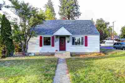 Spokane Single Family Home For Sale: 3104 W Heroy Ave
