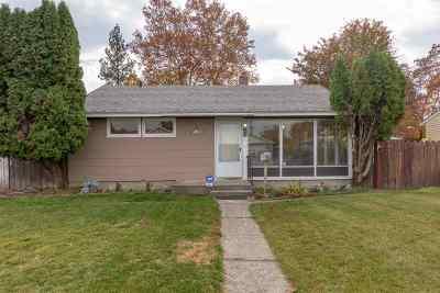 Single Family Home Chg Price: 109 W Heroy Ave