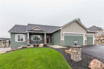 Spokane Single Family Home For Sale: 201 E Sapphire Ln