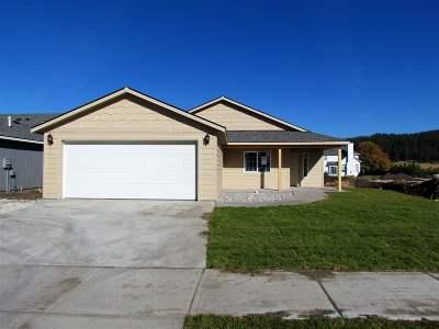spokane Single Family Home New: 9813 E Hoffman Ct