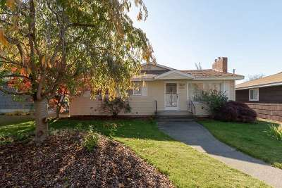 Single Family Home For Sale: 3407 W Garland
