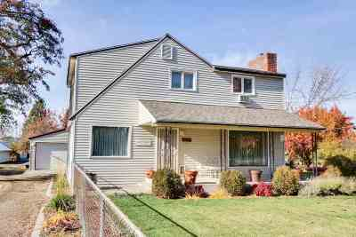 Spokane Single Family Home For Sale: 6417 N Regal St