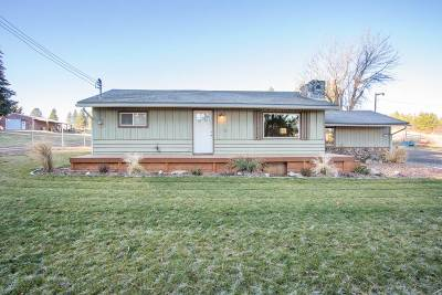 Single Family Home For Sale: 9710 S Darknell Rd