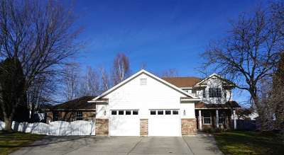 Spokane Valley Single Family Home For Sale: 2001 S Century Ct
