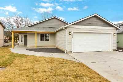 Spokane Single Family Home For Sale: 9707 E Hoffman Ct