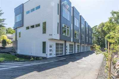 Spokane County Condo/Townhouse For Sale: 704 S Arthur St #1