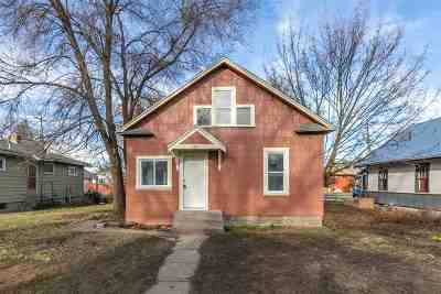 Spokane Single Family Home For Sale: 1303 E Rich Ave