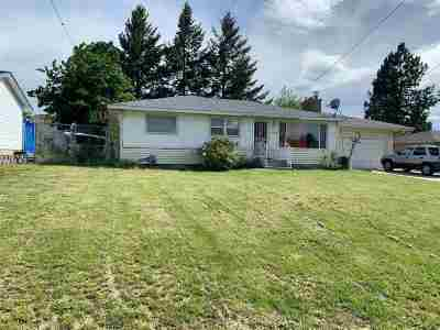 Spokane Valley Single Family Home For Sale: 8206 E Boone Ave