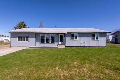 Single Family Home Ctg-Sale Buyers Hm: 1337 E 3rd Ave