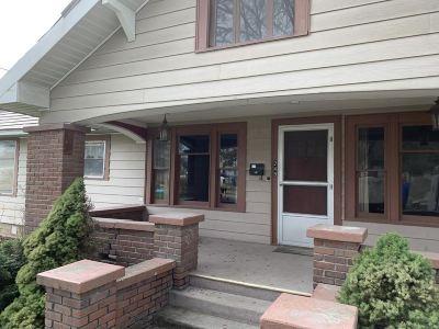 Single Family Home New: 249 N Maple St