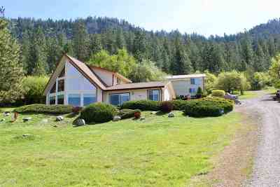 Single Family Home For Sale: 3747 S Hwy 25