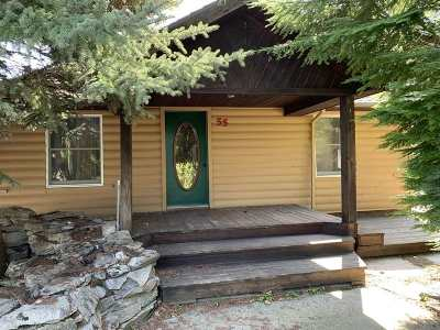 Newport Single Family Home For Sale: 55 Pine Hill Rd