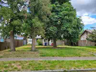 Spokane Single Family Home For Sale: 1026 E Everett Ave