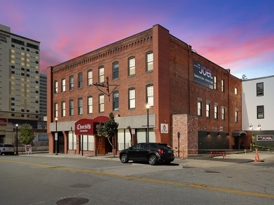 Condo/Townhouse New: 165 S Post St #305