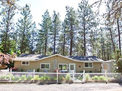 Single Family Home New: 7903 S Carnation Rd