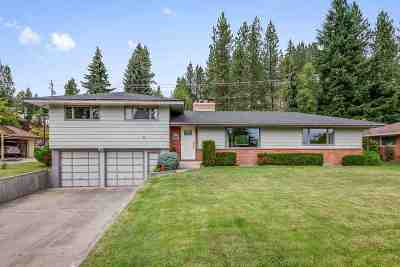 Spokane Single Family Home Ctg-Bump Clause: 7909 E Princeton Ave