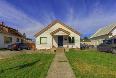 Spokane Single Family Home For Sale: 2923 N Regal St