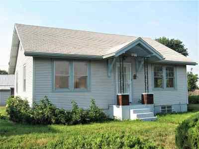 spokane Single Family Home For Sale: 1706 E Queen Ave