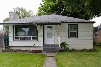 Spokane Single Family Home For Sale: 4714 N Cannon St