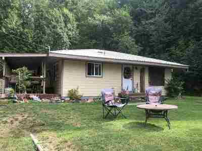 Metaline Falls Single Family Home For Sale: 15832 Highway 31 Hwy