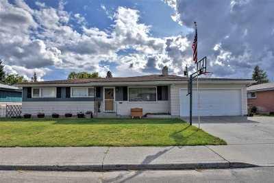 Spokane Single Family Home For Sale: 2819 W Lyons Ave
