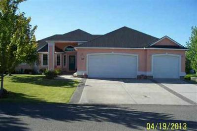 Pasco WA Single Family Home Sold: $230,000