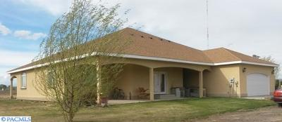 prosser Single Family Home For Sale: 11707 N 1526 Pr NW