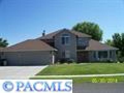 Pasco WA Single Family Home Sold: $270,000