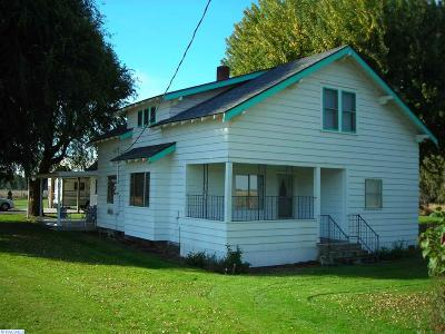 Prosser WA Single Family Home Sold: $179,000